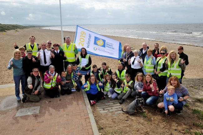 Coastwatch and Irvine Clean-up crew volunteers.