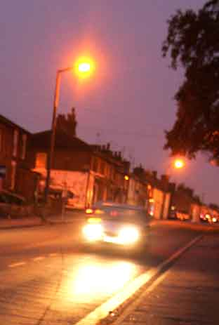 Residents urged to report street light faults as winter draws nearer
