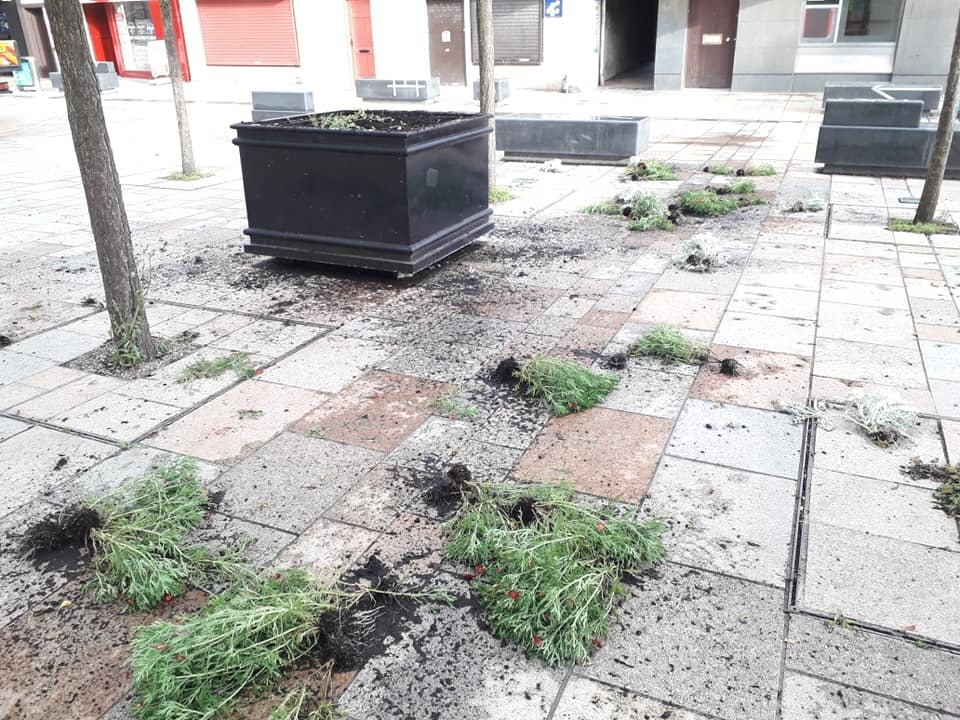 VANDALISM: Mess left in Kilwinning Main Street