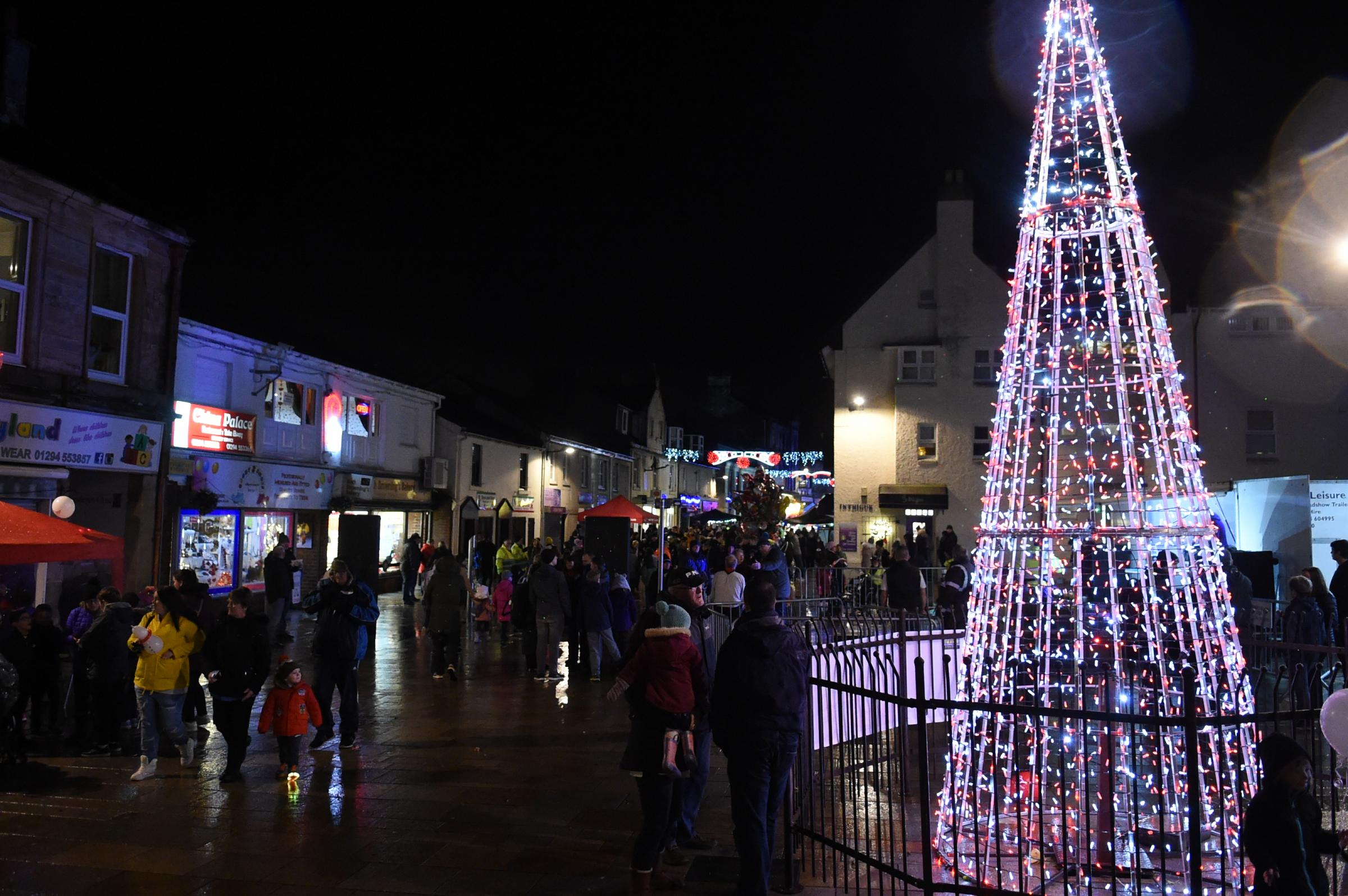 Vote for local hero to switch on Kilwinning's Christmas lights