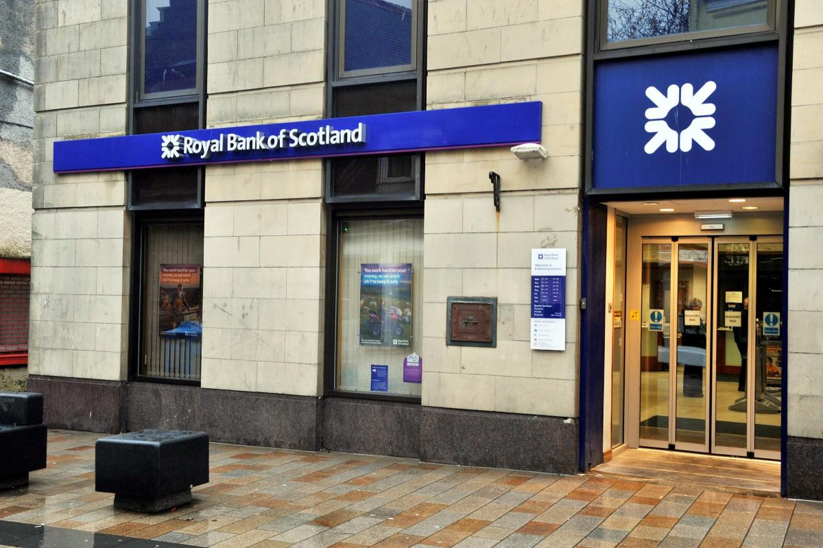 Old RBS building in Kilwinning is put up for auction